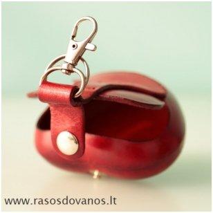 """Rankų darbo odinis raktų pakabukas- kosmetinė """"Širdelė"""""""